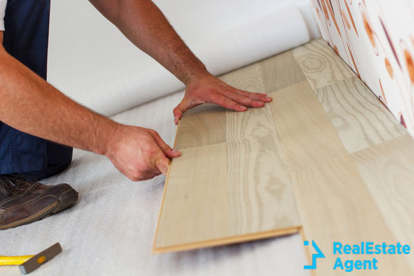 Installing snap-in laminate flooring