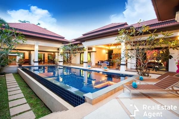 real estate luxury pool villa