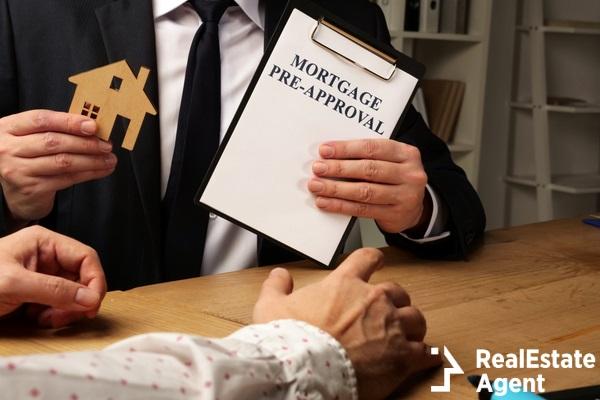 realtor hand mortgage prea approval
