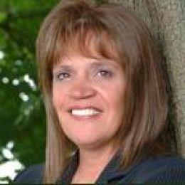 Paula Drake real estate agent
