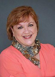 Kelly Klaers real estate agent