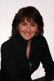 Victoria Devine real estate agent