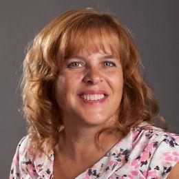 Debbie Sanderson real estate agent