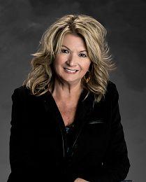 Christine Moore real estate agent
