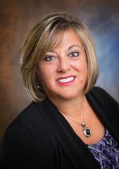 Lori Nartatez real estate agent
