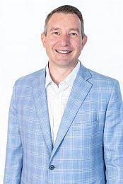 Karl Miller real estate agent