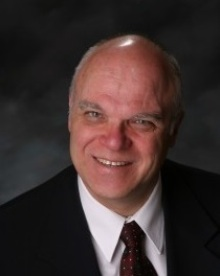Fred Lindholm real estate agent