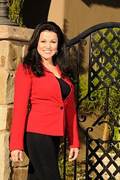 Julie Sullivan real estate agent