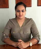 Usha Hanif real estate agent