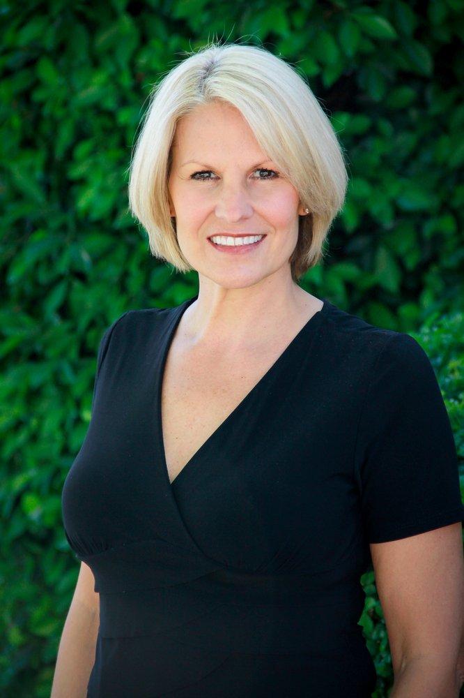 Cindy Killeffer real estate agent