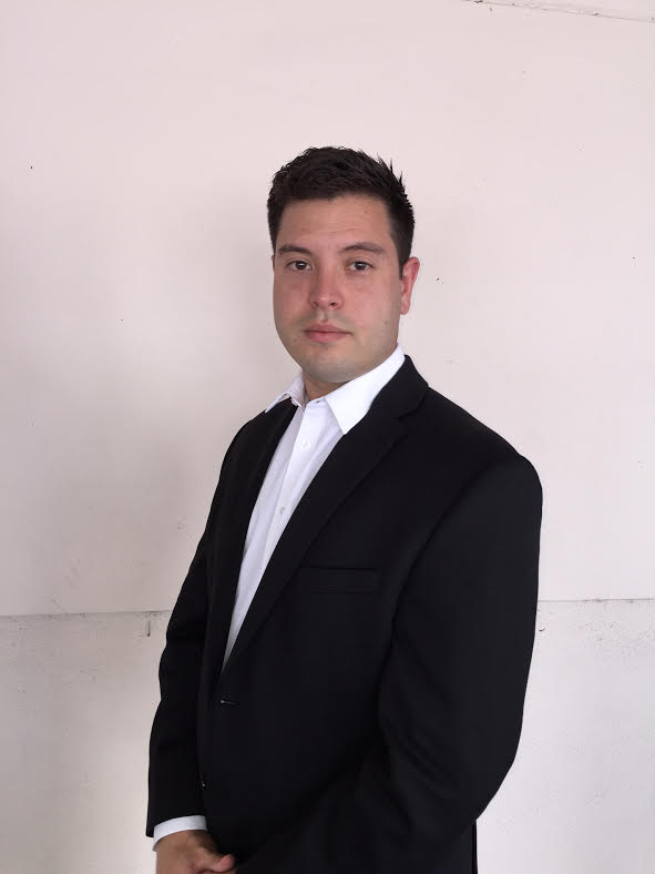 Emanoel Frias real estate agent
