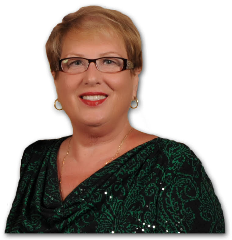 Linda Wright real estate agent