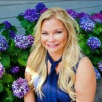 Michelle Wilhite real estate agent