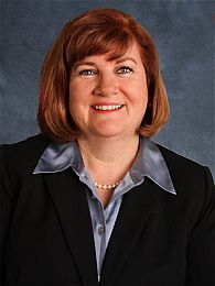 Mary Braatz real estate agent