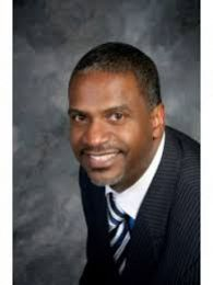 Aaron Gray Sr. real estate agent