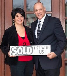 Mark & Brenda Shepperd real estate agent