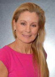 Priscilla Figueroa real estate agent