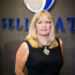 Heike Sommer-Goldschmitz real estate agent