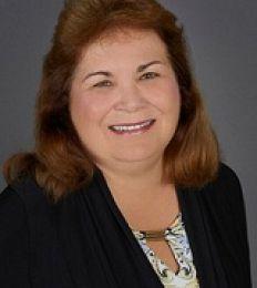 Cynthia White real estate agent