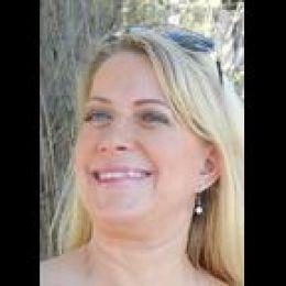 Paula  Shea real estate agent