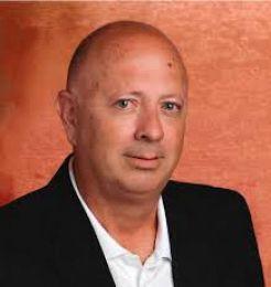 Tony Vaughn real estate agent