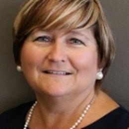 Carol Potts real estate agent