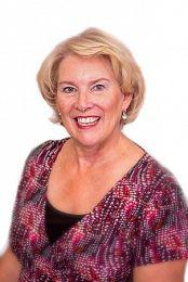 Debra Martin real estate agent