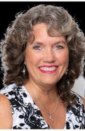 Cynthia Flaspohler real estate agent