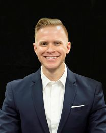 Adam Somers real estate agent
