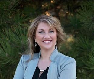 Jeanette Busony real estate agent