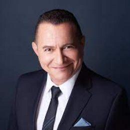 Omar Vidal real estate agent
