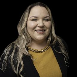Karen Palma real estate agent