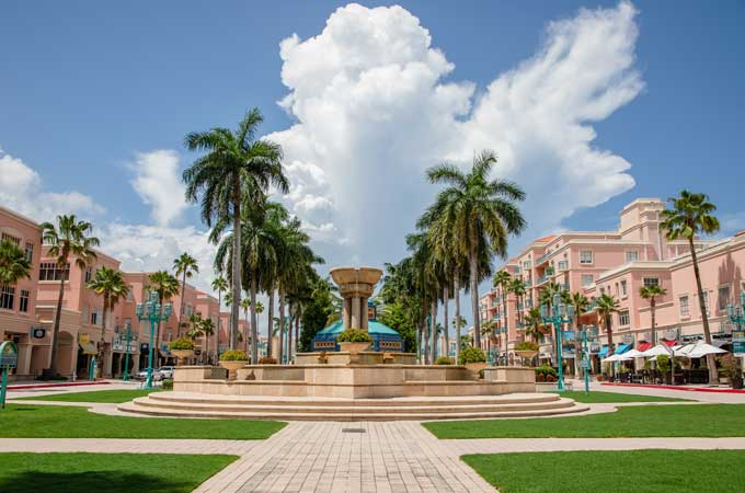 Boca Raton Florida Mizner park view