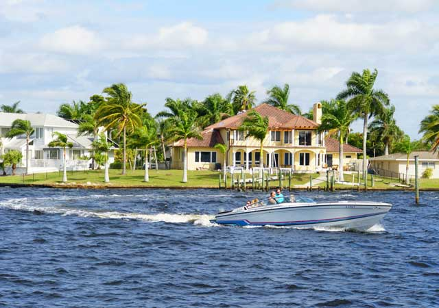 waterfront house in Cape Coral FL