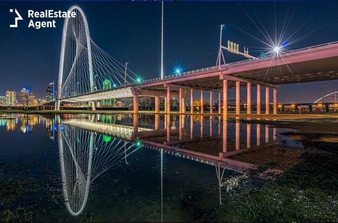Margaret Hun Hill bridge image from Dallas Texas
