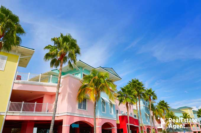 colorful facades in Fort Myers Florida