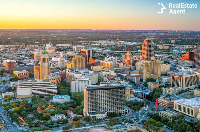 San Antonio Texas skyline image