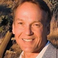 Dale  Pilon real estate agent