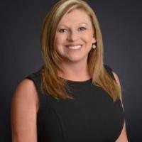 Lori Garner real estate agent