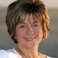 Dayna  Feher real estate agent