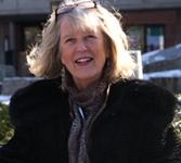 Lynn Pappas , Broker
