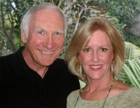 Bob Oliver &<br> Karin Halloway  real estate agent