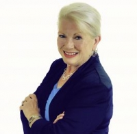 Bobbie Persky real estate agent