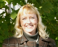 Lynne Benson