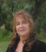 Darlene Cetola real estate agent