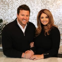 Garrett & Terri Fox real estate agent