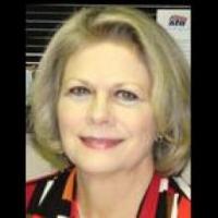 Lana Byrne real estate agent