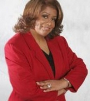 Suzette Moore real estate agent