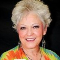 Shirley Warren real estate agent