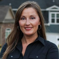 Christy Barton real estate agent